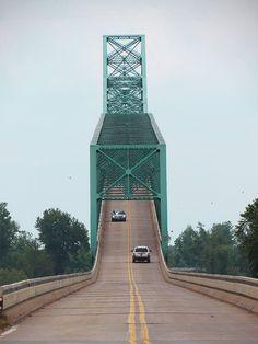 Green Bridge over Illinois River, Illinois