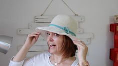 How to crochet summer sun protective hat Crotchet Patterns, Baby Knitting Patterns, Crochet Stitches, Knit Crochet, Crochet Hats, Crochet Summer, Summer Beanie, Summer Hats, Summer Sun