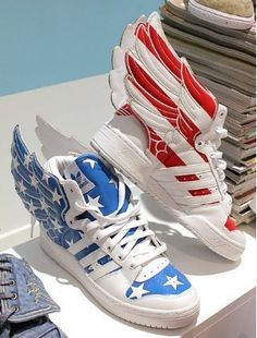low priced 512b8 b9731 WTF ..... (I love that these came up in a. Jeremy Scott AdidasPop Art  FashionWing ...