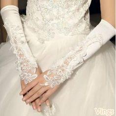 花嫁結婚式ウェディングドレス 刺繍くぎ珠レース手袋グローブ 飾り物DV013B