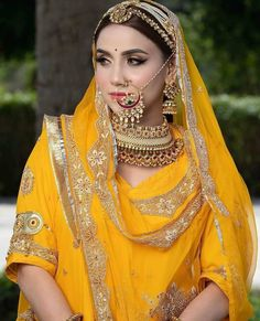 Rajasthani Bride, Rajasthani Dress, Indian Bridal Outfits, Indian Dresses, Rajput Jewellery, Bridal Lehenga Collection, Rajputi Dress, Ethnic Fashion, Indian Fashion