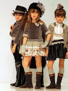 DRESS TRENDS | Teen girls clothing trends 2016 | http://dress-trends.com