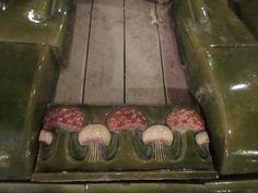 Arkkitehti Werner Polonin suunnittelema nurkkauuni 1800-luvun lopusta
