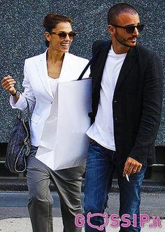 Nicolas Vaporidis e Giorgia Surina, weekend di shopping a Milano: le foto - Foto e Gossip by Gossip News
