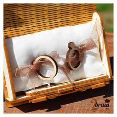 """Caja de madera para """"anillos"""". Personalizable con vuestros nombres y la fecha del evento."""