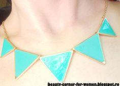 Fashion Colorful Triangle Pendant Necklace 2116