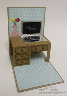 School Bus and Desk Card :: Confessions of a Stamping Addict Lorri Heiling Pop Out Cards, Fun Fold Cards, Folded Cards, Cool Cards, Diy Cards, Pop Up Karten, Libros Pop-up, Tarjetas Pop Up, Step Cards
