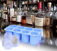 bake candies or cookie dough or melt chocolate chips in them or freeze liquid in them to make edible shot glasses ! Shot Glass Mold, Glass Molds, Cool Kitchen Gadgets, Cool Kitchens, Melting Chocolate Chips, Melt Chocolate, Birthday Gag Gifts, Ice Cube Molds, Liqueur