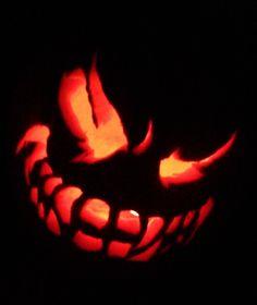 Thrifty Crafty Girl: 31 Days of Halloween - Pumpkin Carving