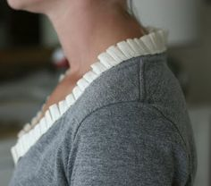 Ruffle Collar Shirt - tees t-shirts t shirts upcycle refashion recycled Sewing Hacks, Sewing Tutorials, Sewing Crafts, Sewing Projects, Sewing Patterns, Diy Projects, Diy Clothing, Sewing Clothes, Shirt Refashion