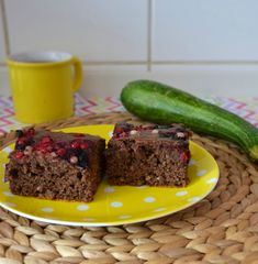 fitshaker-blog-cuketovy-kolac-s-ribezlami1 Healthy Cake, Meatloaf, Great Recipes, Zucchini, Food And Drink, Beef, Desserts, Fit, Healthy Meatloaf