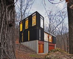 Architecture, Side Modern Minimalist Cabin House Design With Wooden Wall Black Exterior Color Decorating Ideas Glass Window And Exposed Concrete Wall ~ Stacked Cabin Designed by Johnsen Schmaling Architects Architecture Résidentielle, Cabinet D Architecture, Container Architecture, Industrial Architecture, Small Modern Cabin, Modern Small House Design, Contemporary Cabin, Modern Cabins, Modern Family