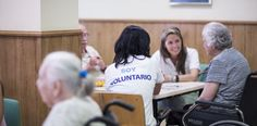 http://economia.elpais.com/economia/2015/11/15/actualidad/1447621563_864298.html Cada vez más empresas incluyen programas de voluntariado corporativo en sus planes de responsabilidad social Es sábado, pero Ricardo García no cambia la ...