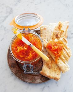 I absolutely love this jam. You can have it for breakfast, as filling for a tart or just as a little spoonful during the day. All Vegetables, Veggies, Toast Toppers, Sbs Food, Jam Jar, Food Challenge, Jam Recipes, Carrots, Brunch