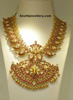 Indian bride jewellery