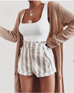 Mode inspo – Short - Skirt Outfits Weekend Outfits of November Cute Summer Outfits, Cute Casual Outfits, Spring Outfits, Cute Shorts Outfits, Pretty Outfits, Tumblr Summer Outfits, Girly Outfits, Short Outfits, Stylish Outfits