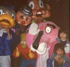 gallery cursed images filled with wtf 37 37 cursed images filled with WTF Wtf GalleryYou can find Extremely cursed images and more on our website Scary Photos, Creepy Images, Memes Lol, Funny Memes, Funny Pics, Funny Drunk, 9gag Funny, Memes Humor, Videos Funny