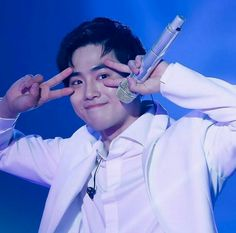 suho cute 180602 at The in HONG - proksim Water Birthday, Have A Sweet Dream, Exo Group, Chansoo, Kim Joon, Baekhyun Chanyeol, Kim Junmyeon, Rich Man, China