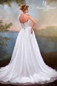 Wedding dress Marissa from Svetlana Lyalina