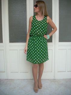 abito+verde+pois+arricciatura+in+vita+di+MelinaECris+su+DaWanda.com Summer Dresses, Fashion, Curve Dresses, Moda, Sundresses, La Mode, Fasion, Summer Clothing, Fashion Models