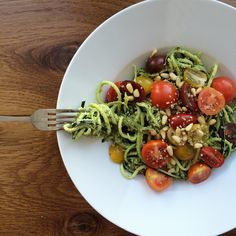 Raw Courgette Noodles with Almond Basil Pesto #hempseeds