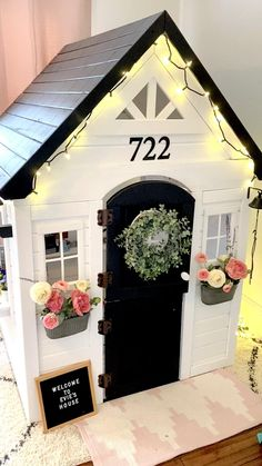 Playhouse Decor, Playhouse Interior, Playhouse Outdoor, Playhouse Ideas, Wooden Playhouse, Kids Cubby Houses, Kids Cubbies, Kids Play Houses, Little Girls Playhouse