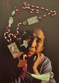 Collier bohème ethnique d'inspiration Asiatique  Pendentifs réalisés par mes soins. Oiseau sur sa branche pour le pendentif principal (dos : portrait de femme Japonaise) 3 pe - 15293169