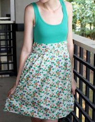 DIY Tank Dress use some of shirt that have shrug and are too short.. Kim
