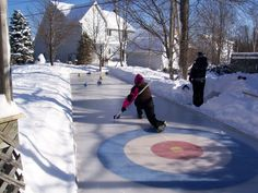 Homemade outdoor curling rink This is SO cool! Now that's on my bucket list of things to do: Curl outside! Winter Games, Winter Fun, Winter Sports, Backyard Ice Rink, Outdoor Rink, Curling Stone, Skate Party, Minden, Family Day
