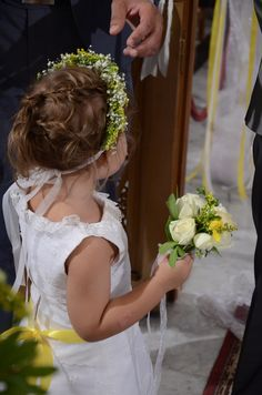 Flower Girl Girls Dresses, Flower Girl Dresses, Yellow Wedding, Wedding Dresses, Flowers, Fashion, Dresses Of Girls, Bride Dresses, Moda