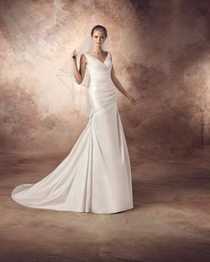 موديلات فساتين زفاف من افينيو داياجونال Wedding dresses models From Avenue Diagonal Robes de mariée de l'avenue Diagonal modèles Formal Dresses, Wedding Dresses, One Shoulder Wedding Dress, Boutique, Collection, Models, Fashion, Formal Gowns, Moda
