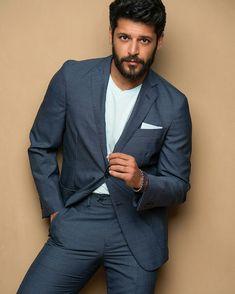 Suit Jacket, Actors, Suits, People, Jackets, Instagram, Fashion, Actresses, Men