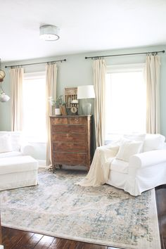 Home Decor farmhouse style DIY Farmhouse Style Drop Cloth Curtains- 2 Ways DIY Drop Cloth Curtains 2 Ways- Inexpensive and easy DIY for the perfect farmhouse style curtains! Italian Farmhouse Decor, Farmhouse Style Decorating, Modern Farmhouse, Farmhouse Interior, Drop Cloth Curtains, Diy Curtains, Bedroom Curtains, Slider Curtains, Homemade Curtains