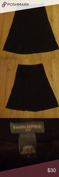Perfect! BANANA REPUBLIC Stretchy Corduroy Sz 6 Dark chocolate brown soft and stretchy corduroy skirt from Banana Republic in a size 6. Side hook and zip closure.  Check out my other listings! I love to give discounts for bundles!!!  From a smoke free home. Banana Republic Skirts