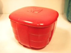 Very Deco Hall China Chinese Red 4 Square