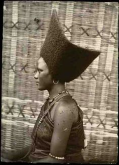 Amazing!! Black Afrikan Oromo Women Hairstyle During Pre-colonial Era of FREEDOM!!  Thanks to Mauro Ghermandi and http://www.archiviofotografico.societageografica.it/index.php?it%2F239%2Fcollezione-traversi