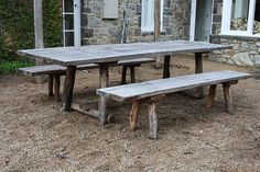 sugar gum / spotted gum outdoor table and benches, via Flickr.