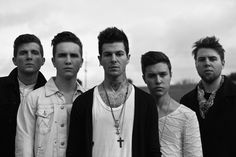 The Neighbourhood...I love this band: they're so talented, seem down-to-earth and they're very handsome <3