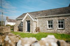 #cottage  #cosy #southwales Cottages In Wales, Gower Peninsula, Luxury Holiday Cottages, Farm Cottage, French Restaurants, Stay The Night, South Wales, Stables, Beautiful Beaches
