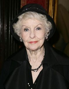 Elaine Stritch reveals how she keeps people in stitches
