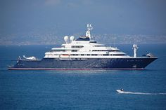 Octopus is owned by Paul Allen the co-founder of Microsoft. It is a 414 foot (126 m) long and is world's 12th largest superyacht. This yacht sports 2 helicopters, 1 in front and 1 on the back, and has a permanent crew of 60 members. It has two submarines and one is used for oceanography.