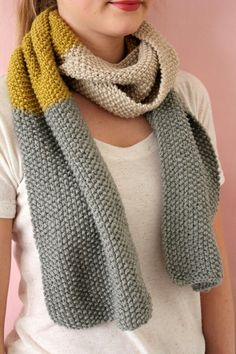 This is a knit piece but love the color blocking and thinking  I could use a moss stitch to replicate. L. @ Helmig Haus