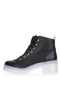 KOOL Flat Lace Boot