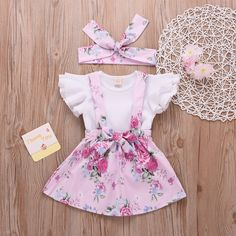Baby Floral Bodysuit and Striped Shorts Set Baby/ Toddler Girl's Ruffled Top, Floral Allover Suspender Dress and Knot Headband Vintage Baby Clothes, Cute Baby Clothes, Baby Girl Fashion, Kids Fashion, Kids Girls Tops, Toddler Girls, Baby Girls, Princess Party Costume, Floral Bodysuit