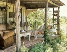 Shabby cottage Country Living