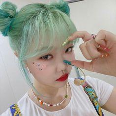 K Pop, Lee Soo Hyun, Korean Girl, Asian Girl, Akdong Musician, Dream Nails, Kpop Aesthetic, Hoop Earrings, Beauty