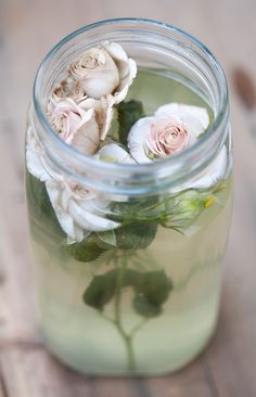 I found some roses in a jar : Lucullian delights - an Italian experience