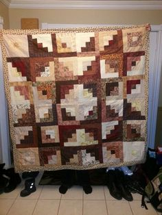 Log cabins to a star- Easy beginner strip quilt