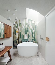 Geometric shapes and patterns can add a fresh, contemporary look to spaces, allowing owners to put a unique stamp on their home. #bathroombathtubshape