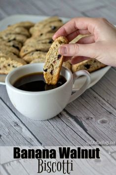 These easy Banana Walnut Biscotti are a delicious Italian Biscotti recipe that i.These easy Banana Walnut Biscotti are a delicious Italian Biscotti recipe that is a perfect crunchy cookie, made with bananas, walnuts and dried blueberries. Italian Biscotti Recipe, Italian Cookie Recipes, Sicilian Recipes, Italian Cookies, Italian Desserts, Easy Desserts, Dessert Recipes, Sicilian Food, Healthy Biscotti Recipe